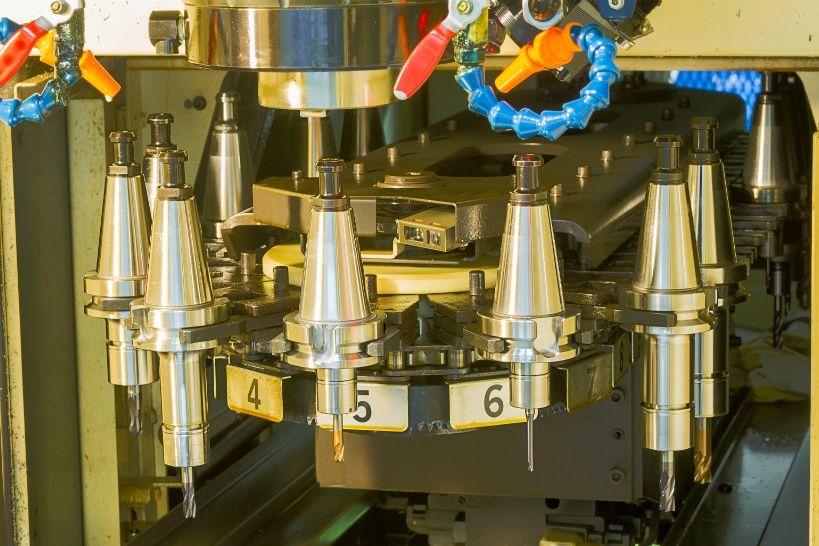 1cnc-machining-center-tool-change-magazine-close-up.jpg
