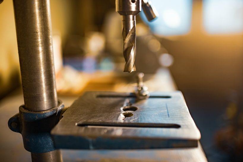 drilling-machine-workplace-toolman-locksmith.jpg