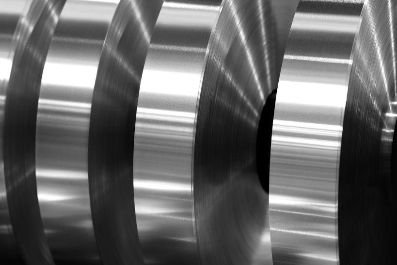 final-coils-aluminum-foil-after-sliting-axis-machine-black-white-photo.jpg