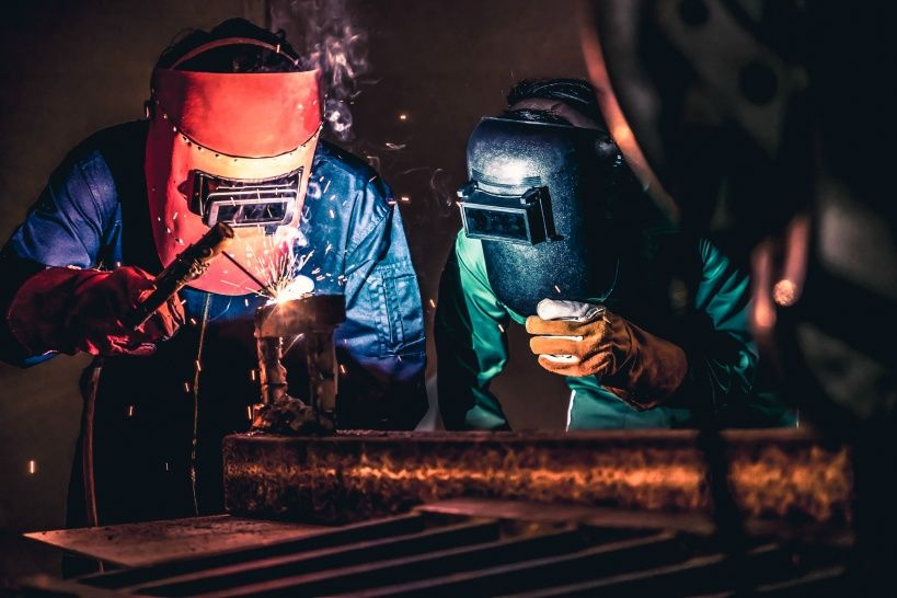 metal-welding-steel-works-using-electric-arc-welding-machine.jpg
